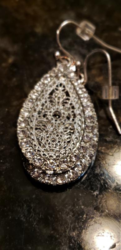 earring by Cindy Telley.jpg