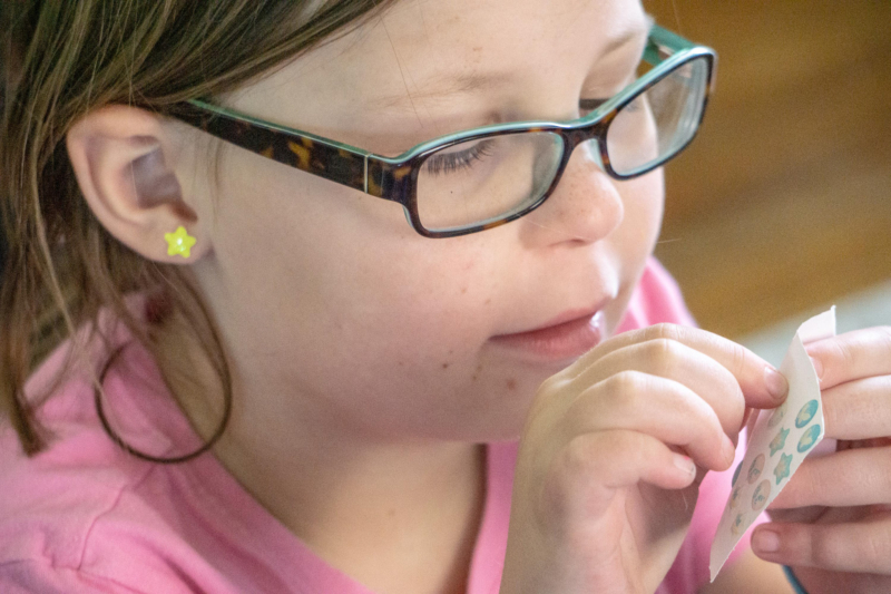 earring by debbie debaeremaeker