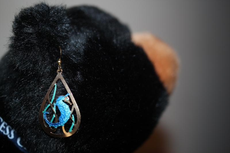 earring by laura mcleod.jpg
