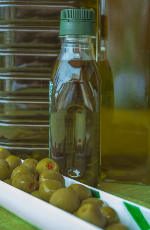 olive by carmen mandich