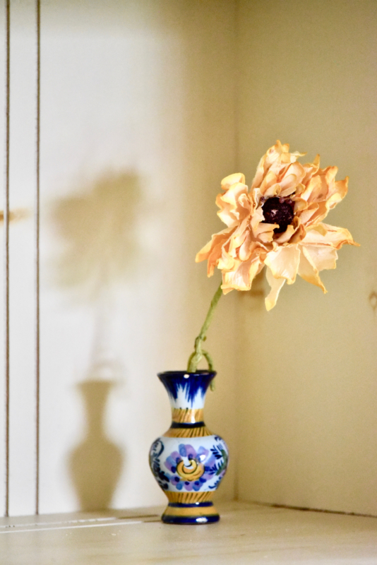 vase by muriel forget