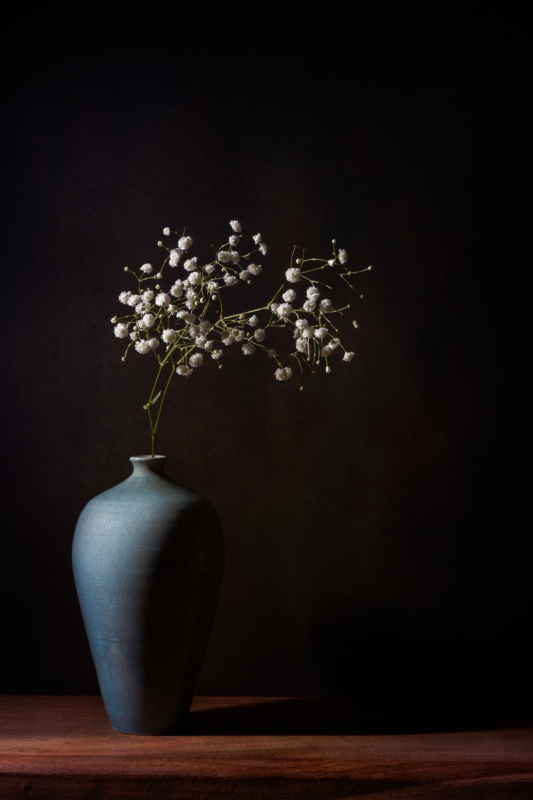 vase by yvette van teeffelen